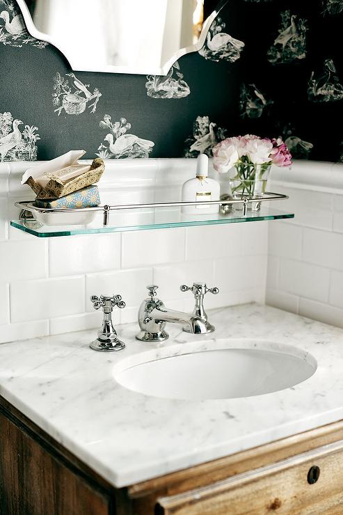 Black Trellis Wallpaper Romantic Cottage Bathrooms Cottage Bathroom