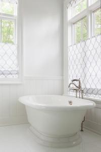 Arabesque Window Treatments - Transitional - Bathroom