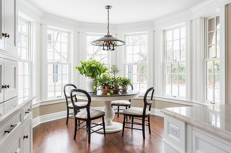 Breakfast Nook Bay Window Design Ideas