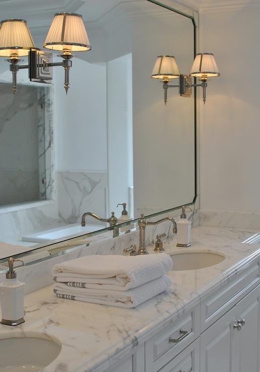 White Vanity Mirror Design Ideas