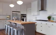 28 Lovely Gray Kitchen Island That Make Cute Minimalist Decorations
