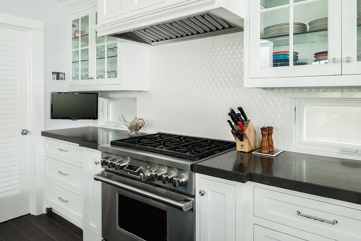 Black and White Diamond Pattern Tile Backsplash