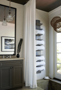 Lake House Bathroom with Vertical Towel rack - Cottage ...