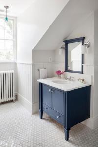 Navy Washstand with Navy Mirror - Transitional - Bathroom