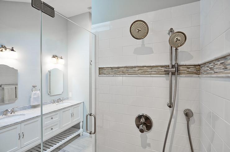 Gray Mosaic Border Shower Tiles Design Ideas