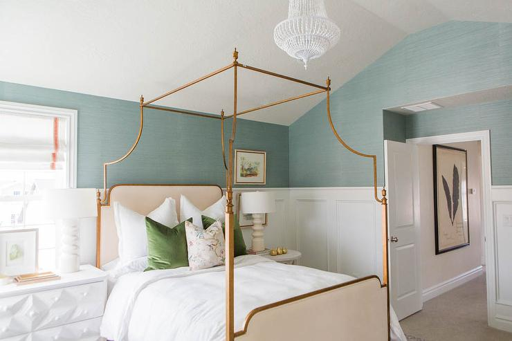 Blue Sisal Bedroom Wallpaper with Gold Leaf Canopy Bed