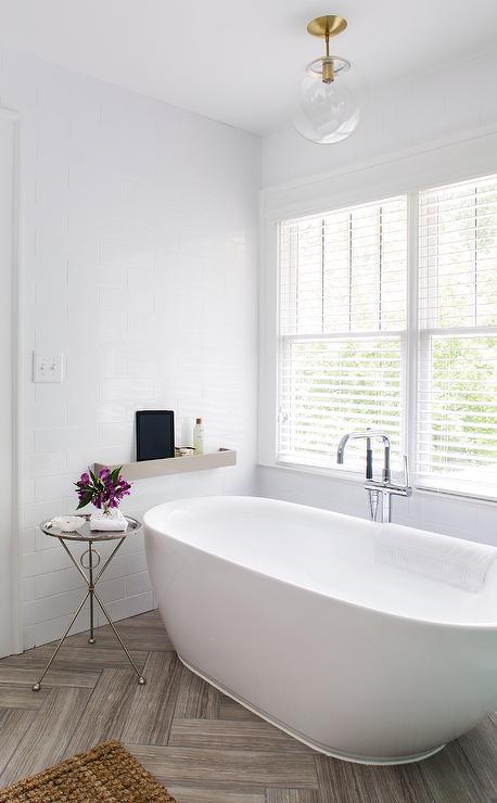 30 Popular White Herringbone Tiles Bathroom
