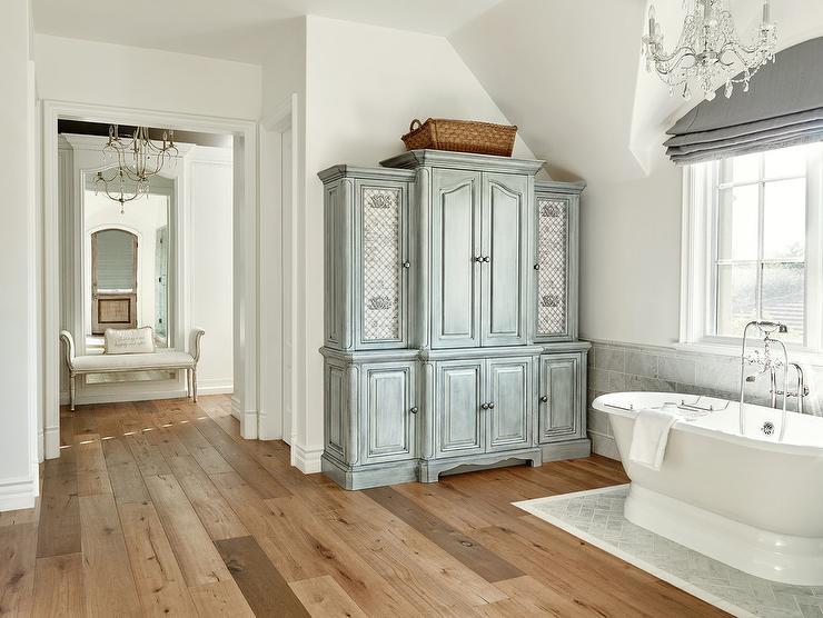Gray Distressed Bathroom Linen Cabinet with Lattice Doors