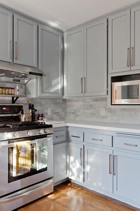 Gray Shaker KItchen Cabinets with Engineered White Quartz
