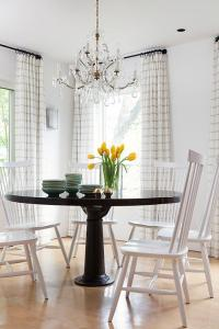 Farmhouse Dining Table with Gray Windsor Dining Chairs ...