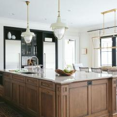 Hanging Kitchen Cabinets Glass Knobs Hidden Outlets Design Ideas