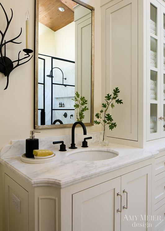 Ivory Bathroom with Oil Rubbed Bronze Fixtures