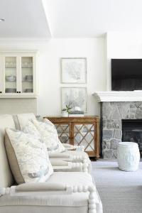 Gray Living Room Rugs