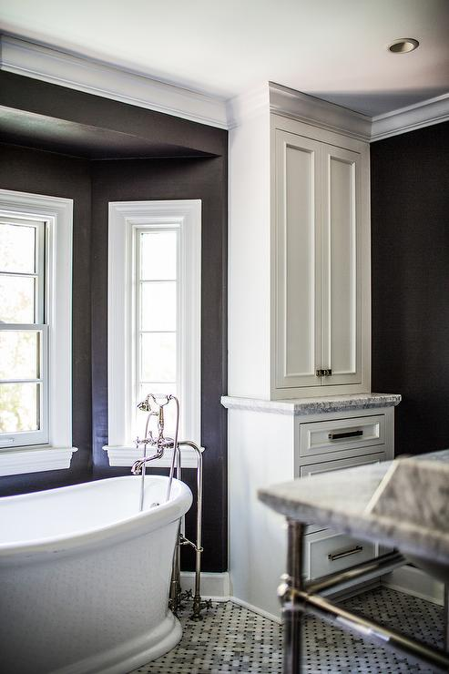 paint for a living room light coloured ideas black and white bathroom bay window tub nook ...