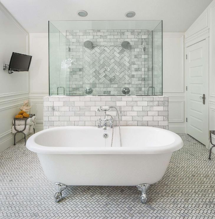 Candide Freestanding Oval Cast Iron Bathtub With Marble