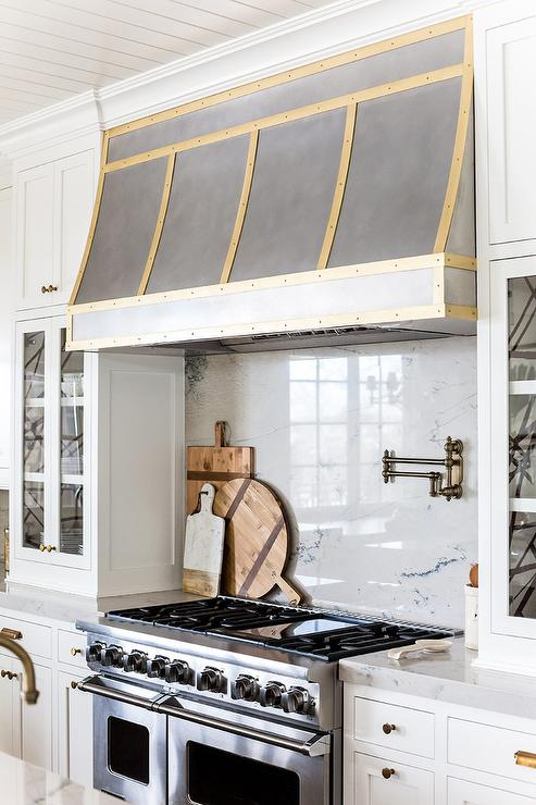 Gold Kitchen Hood Trim Transitional Kitchen Benjamin Moore White Dove