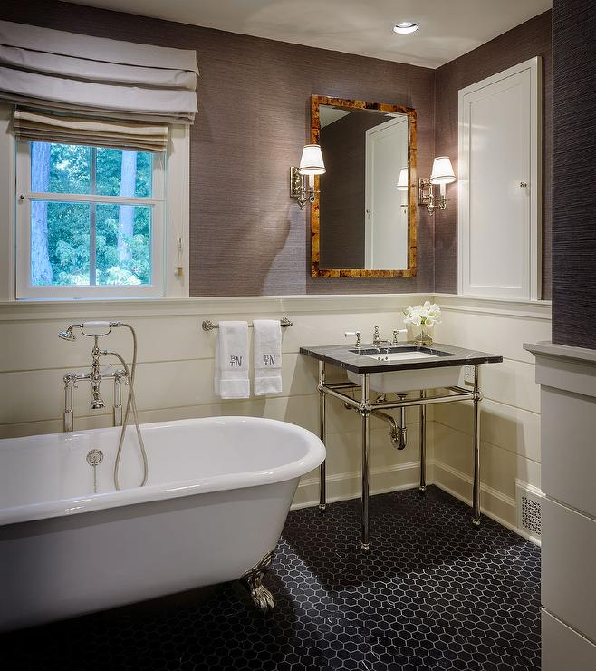 Half Shiplap Bathroom Walls Design Ideas