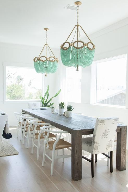 wishbone chairs beauty salon waiting dining room chandeliers design ideas