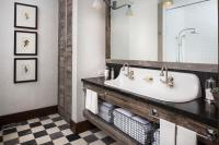 Country Style Bathroom with Black and White Checkered ...