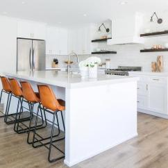 4 Stool Kitchen Island Kohler Faucet White Shiplap Vent Hood With Vintage Leather Counter ...