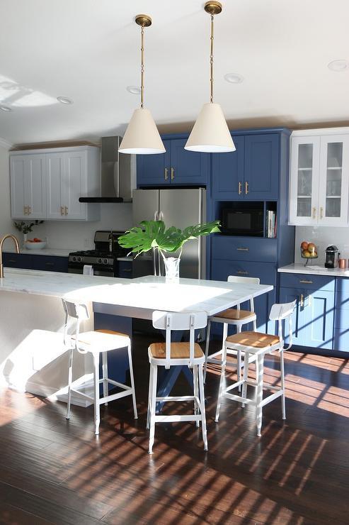 Industrial Kitchen Island Contemporary Kitchen