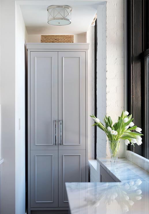 crown molding for kitchen cabinets penny tile backsplash farrow & ball mouse's back design ideas