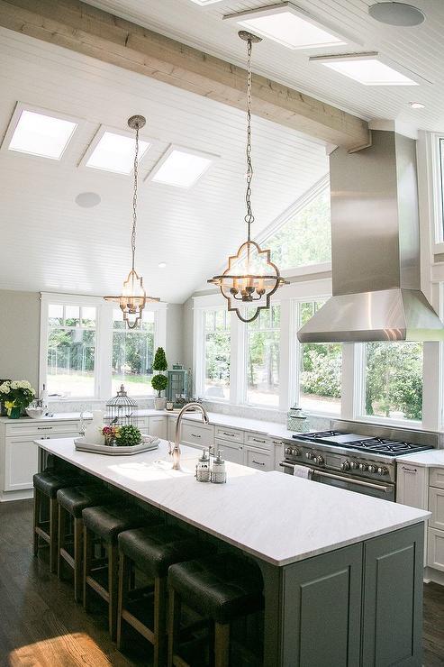 Vaulted Ceiling In Kitchen Design Ideas