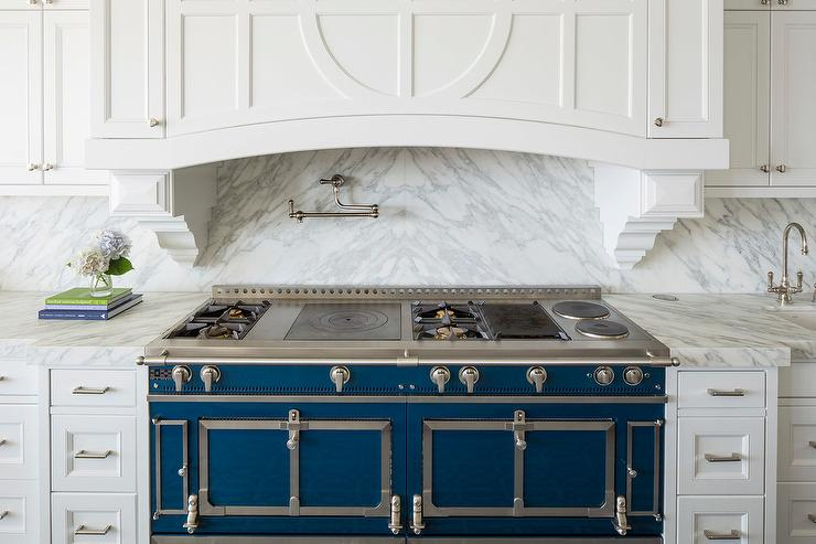 inset kitchen cabinets tall bags size blue la cornue cornufe range with grey marble cooktop ...