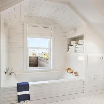 shiplap bathtub alcove design ideas
