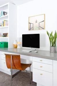 Built In Desk Design Ideas