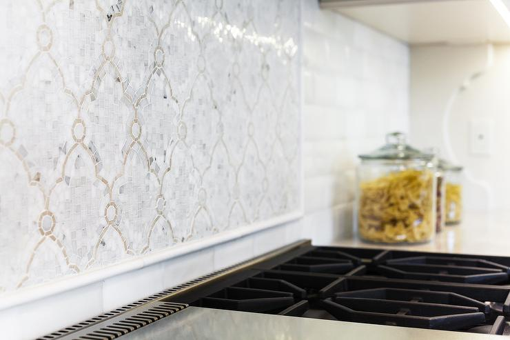 Arabesque Backsplash Tiles Design Ideas