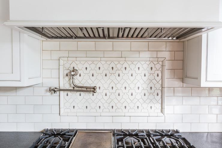 fleur de lis kitchen backsplash tiles