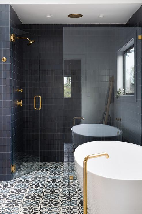 Black And White Bathroom With Black And White Concrete