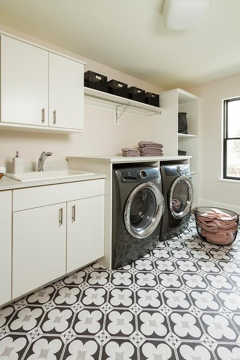 Black and White Quatrefoil Laundry Room Floor Tiles