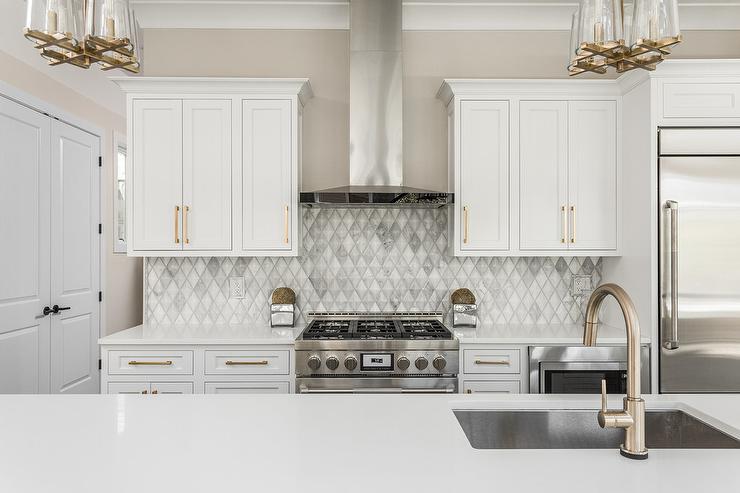 gray marble diamond pattern kitchen