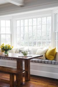 Window Seat Dining Bench with Rectangular Dining Table ...