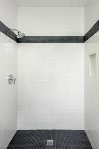 Black and White Marble Tiled Shower Niche - Contemporary ...