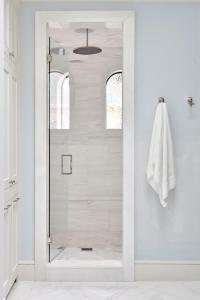 Arch Windows In Walk In Shower - Transitional - Bathroom