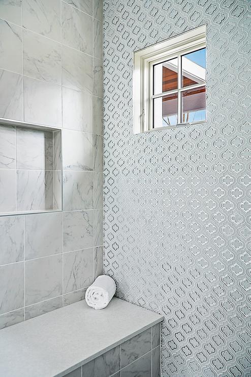 Quatrefoil Tile