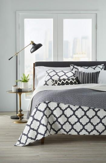 Black And White Geometric Quilt : black, white, geometric, quilt, Levtex, Moroccan, Charcoal, White, Quatrefoil, Quilt