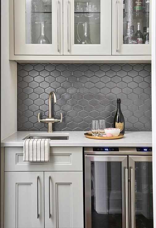 Corner Pantry Cabinets Design Ideas