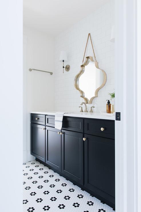 arabesque tile bathroom design ideas