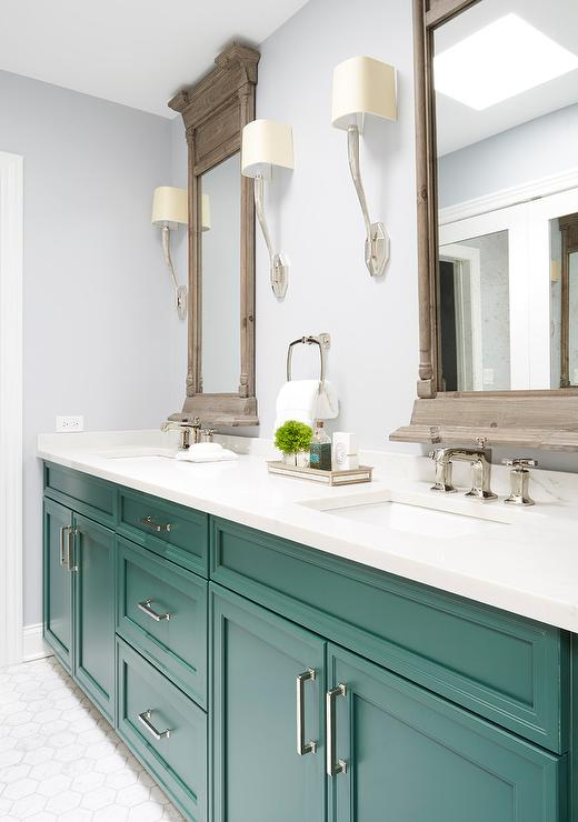 Emerald Green Washstand with Matte Black Gooseneck Faucet