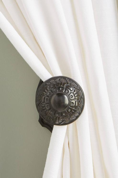 marais etched blackened iron curtain