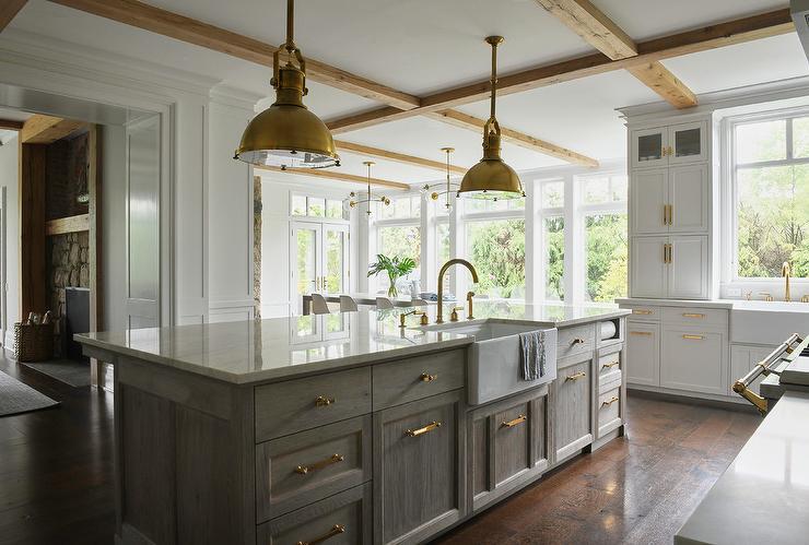 Wire Brushed Oak Cabinets Design Ideas