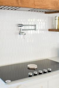White Picket Style Kitchen Backsplash Tiles Design Ideas
