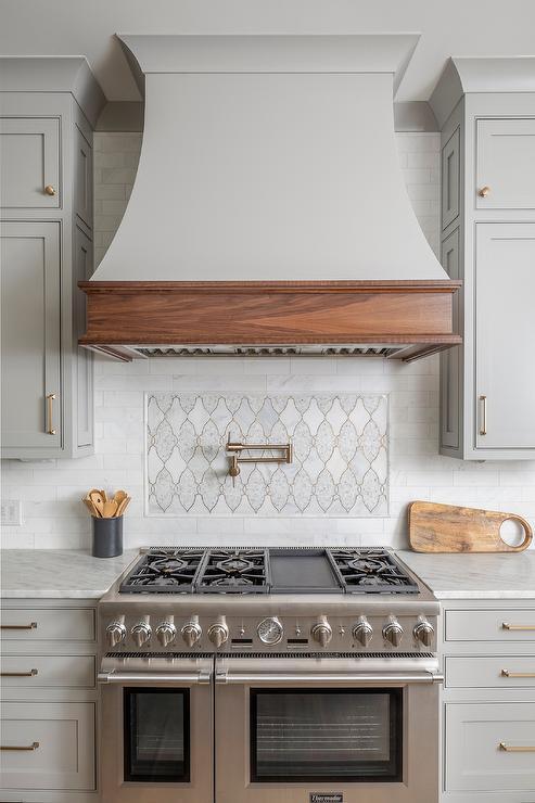 accent tile above range design ideas
