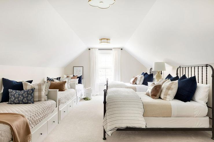 built in twin beds design ideas