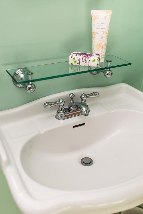 pedestal sink with backsplash design ideas