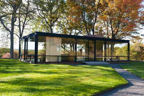 Five Crystal Clear Glass House Designs And Concepts